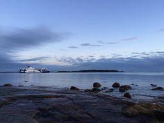 Hyvää huomenta ja ei muuta kuin nokka kohti Tallinnaa! 🚢 #msfinlandia #helsinki #tallinna #lauttasaari #cruise #ferry 📷: @marjopaa #eckeröline #laru