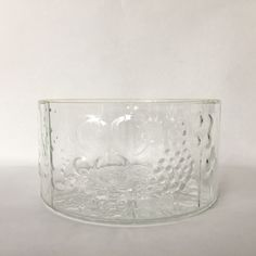 Oiva Toikka glass bowl flora pattern iittala Finland vintage Finnish glass home kitchen Flora Pattern, Finland, This Or That Questions, Glass, Kitchen, Handmade, Stuff To Buy, Vintage, Cooking