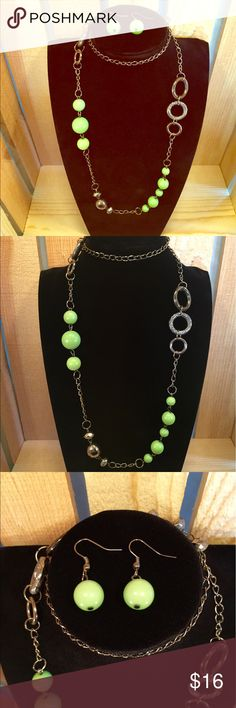 """Moss Green & Gunmetal Necklace Earrings Set Mossy green beads with 34"""" gunmetal chain. Matching earrings. Adds the perfect pop of color! Cleaned ultrasonically just for you. 😊  🚨BOGO SALE ALERT🚨 1. Add one piece of jewelry worth $10 or more to a bundle. 2. Shop my closet for a second piece of jewelry, worth $10 or less. Add the second piece to your bundle. 3. The second piece is FREE! Offer for price of 1st piece only and I will accept. Vintage Jewelry Necklaces"""