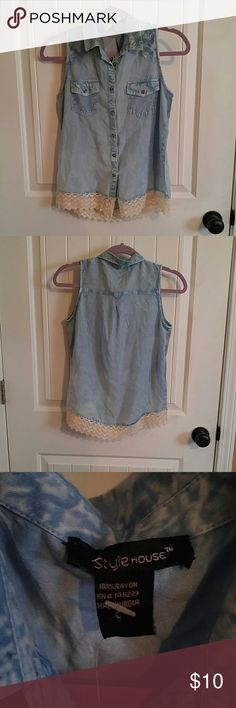 Style house shirt juniors Button up shirt, lace on bottom, 2 pockets, and a collar comes w an extra button Jean look 100% rayon size 14 no sleeve Tops Button Down Shirts