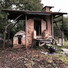 """Fred Johnston's wood-fired kiln, NC  He says """"I built this cross draft kiln in 1997 . It was the first wood kiln ever built in downtown Seagrove . The ware chamber is 6 x 9 x 7 tall, fires in 12 to 16 hrs. Its been a great kiln providing us good results and a living all these years."""" He plans to rebuild."""