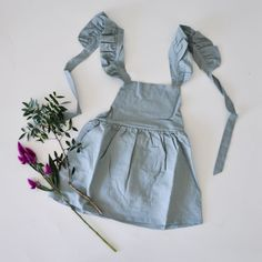 Ob für Festlichkeiten oder für einen ganz normalen Tag. Im himmelblauen Kleid Geraldine verzaubert Euer Mädchen alle.