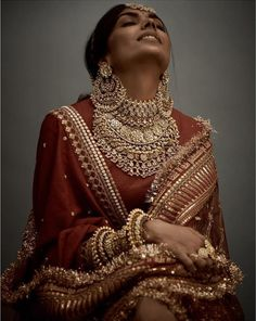sabyasachi jewellery padukones necklace earrings deepika lehenga bridal jhumka 2018 and red Sabyasachi 2018 Bridal Jewellery necklace and Jhumka earrings Deepika Padukones red Sabyasachi brYou can find indian bridal and more on our website Indian Bridal Outfits, Indian Bridal Fashion, Indian Bridal Wear, Indian Dresses, Deepika Padukone Lehenga, Sabyasachi Lehenga Bridal, Lehenga Choli, Bollywood Saree, Bollywood Fashion