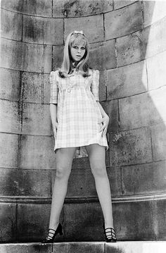 Carol Dilworth, actress and hostess of the Golden Shot TV gameshow, portrait, London, circa by Michael Putland 60s And 70s Fashion, Retro Fashion, Vintage Fashion, Vintage Outfits, Vintage Style Dresses, Girls Slip, Vintage Mode, Rockabilly Fashion, I Love Girls