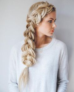 Major hair envy this morning! Who knows how to braid like this? Recreate this picture and post it on Instagram with #thegangmagazine so we can see your mad braiding skills! (: @amberfillerup)