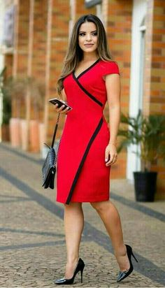 Such a beautiful red dress ♥ very slimming 40 Work Outfits To Copy Right Now - Luxe Fashion New Trends - Fashion Ideas this style would be very flattering on me Best casual office outfit for the ladies Pinned onto 2018 winter outfits Board in 2018 winte Trendy Dresses, Elegant Dresses, Beautiful Dresses, Casual Dresses, Short Dresses, Dresses For Work, Office Dresses, Modest Fashion, Fashion Outfits