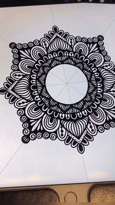 Doodle Art Drawing, Cool Art Drawings, Mandala Drawing, Pencil Art Drawings, Zentangle Drawings, Zen Doodle, Art Sketches, Tattoos Mandala, Tattoos Geometric