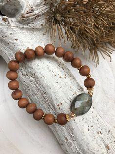 Craquelé sandelhouten armband stretch. Kathy Stone Jewelry