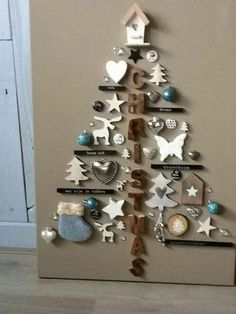 classic christmas tree Wall Christmas Tree Ideas that you can Make in No time - Ethinify Wall Christmas Tree, Unique Christmas Trees, Indoor Christmas Decorations, Ribbon On Christmas Tree, Decorating With Christmas Lights, Office Christmas, Christmas Tree Themes, Xmas Tree, Christmas Holidays