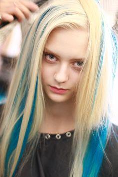 Nastya Kusakina at Oscar de la Renta SS 2013 New York hair