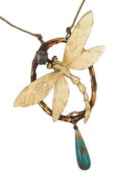 Rare Art Nouveau Edwardian French carved horn dragonfly antique vintage brooch