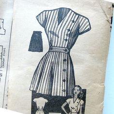 1940s Vintage Sewing Pattern  Anne Adams 4547 by SelvedgeShop