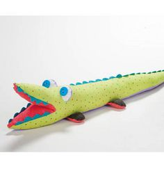 This #DIY alligator may be too cute for words! #kidscrafts
