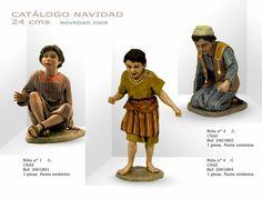NIÑOS Nº1, Nº4 y Nº3. Figuras de belén/pesebre, de pasta cerámica policromada, de 24 cm. Autor José Luis Mayo Lebrija. Novedad 2009.