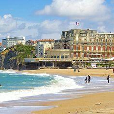 Goyard lança modelo Biarritz Tote em edição limitada ! post completo em www.carolinedemolin.com.br #moda #fashion #trend #tendencia #estilo #styles #looks #lookoftheday #lookdodia #personalstylist #consultoriadeimagem #consultoriademoda #imagem #identidade #shoes #bags #bolsas #goyard #biarritz #viagem #travel www.carolinedemolin.com.br