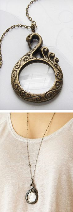 Swan magnifying necklace