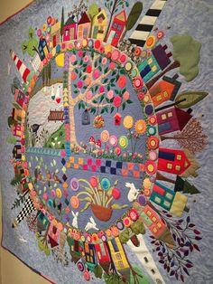 Love this house ceiling idea - Textile art - Textileart - ceiling house . - Quilt & Patchwork / IV - Home Wool Quilts, Mini Quilts, Wool Applique Quilts, Quilting Projects, Quilting Designs, Quilting Templates, Colchas Quilt, Quilt Modernen, Felt Embroidery