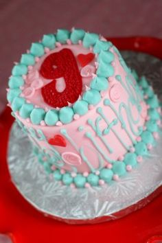 Love this smash cake. Of course boy colors :) Smash Cake First Birthday, Birthday Board, Birthday Ideas, First Birthday Pictures, Thing 1, Fashion Cakes, Love Cake, Princess Birthday, Cute Cakes