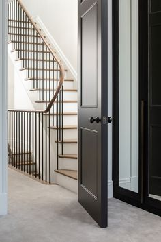 Timber Staircase, Staircase Handrail, Oak Stairs, Entry Stairs, Interior Staircase, House Stairs, Banisters, Railings, Victorian Townhouse