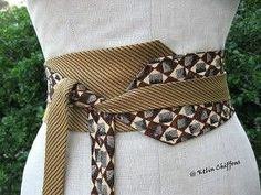 Old ties upcycled into a kimono style belt Sewing Hacks, Sewing Crafts, Sewing Projects, Diy Clothing, Sewing Clothes, Cinto Obi, Old Ties, Tie Crafts, Creation Couture