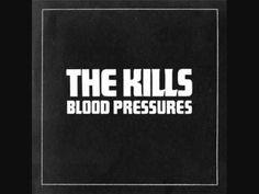 ▶ The Kills - Future Starts Slow - YouTube