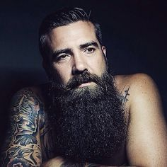 Not being able to Grow a Fuller and Thicker Beard?We will help you right from the basics of beard growth. I Love Beards, Great Beards, Long Beards, Awesome Beards, Long Beard Styles, Best Beard Styles, Thick Beard, Sexy Beard, Beard Growth
