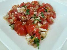 Σαλάτα με κινόα & ντοματία