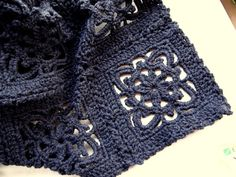 The Renaissance beauty throw - free crochet pattern! It is always interesting how you find a picture you love and your mind puts together something other than what it is. I'd love to make a scarf out of these squares. So cool.  Dena