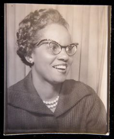 ** Vintage Photo Booth Picture **  Wow! Wicked cool pair of cat's eye glasses!