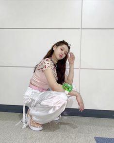 Chinese Zodiac Signs, Yuri, Normcore, Singer, Kpop, Female, Venus, Nct, High School