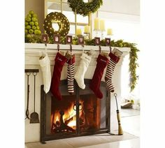 Beautiful Holiday / Christmas Decorating - Christmas Mantel