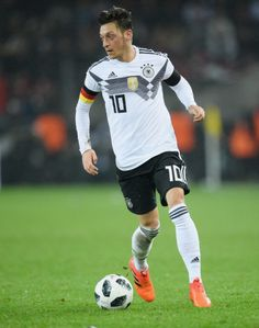 Germany Football Team, Germany Team, Football Soccer, Football Players, Arsenal Football, Fifa, Dfb Team, All Star, Toni Kroos