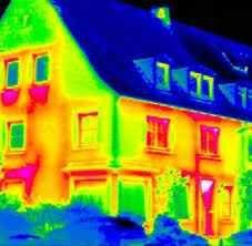 5627 Sayılı Enerji Verimliliği Kanunu sonucunda ortaya çıkartılan Binalardaki Enerji Performansı Yönetmeliğine göre binalardaki enerjinin ve enerji kaynaklarının etkin bir şekilde kullanılmasını, enerji israfının önüne geçilmesi ve çevrenin korunmasını sağlamak maksadıyla en az şekilde ısıtma veya soğutma sistemlerinin verimi hakkında bilgileri içeren belgeye Enerji kimlik belgesi denir. Daha basit bir ifadeyle söylersek buzdolapları, çamaşır makineleri, …