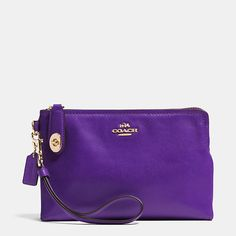 Coach  LARGE POUCH WRISTLET IN LEATHER