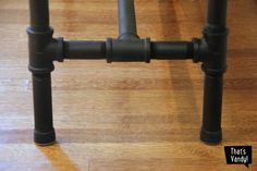 I love an easy project that costs a little and packs a big punch. This DIY Plumbing Pipe Table is my new favorite thing ever! After years of looking for. Pipe Leg Table, Diy Table Legs, Wood Table Legs, Plumbing Pipe Furniture, Diy Furniture, Plumbing Tools, Refurbished Furniture, Vintage Industrial Furniture, Industrial Lamps