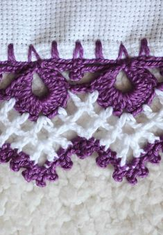 Knitting Projects, Crochet Projects, Crochet Designs, Crochet Patterns, Filet Crochet, Crochet Earrings, Crafts, Crochet Lampshade, Spiral Crochet