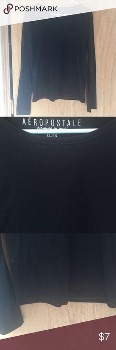 Black long sleeve Aeropostale long sleeve, says XL fits more like a bigger medium. Some piling. Aeropostale Tops Tees - Long Sleeve