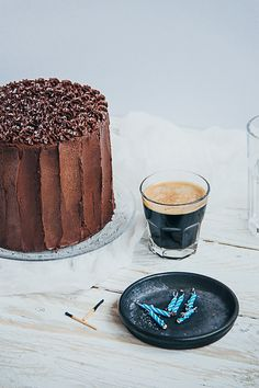 Chocolate & Espresso Cake- this would make my birthday perfect. Sweet Recipes, Cake Recipes, Dessert Recipes, Cupcakes, Cupcake Cakes, Food Cakes, Chocolate Espresso, Espresso Cake, Delicious Desserts