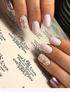 False nails have the advantage of offering a manicure worthy of the most advanced backstage and to hold longer than a simple nail polish. The problem is how to remove them without damaging your nails. Nail Polish, Gel Nails, Acrylic Nails, Nail Nail, Shellac, Spring Nails, Autumn Nails, Cute Nails, Pretty Nails