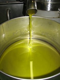http://www.extrapanenskyolivovyolej.cz/info/olivovy-olej Vše o olivovém oleji