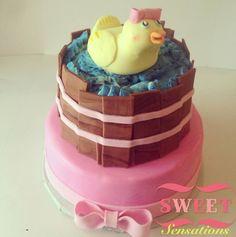 Rubber ducky baby shower cake  Www.facebook.com/NapasSweetSensations