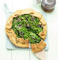 Crostata vegan di piselli e cipollotti all'origano - Cucina Naturale