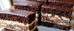 Křehký, lahodný a šťavnatý - Hříšný mrežovník Condensed Milk Cake, Sticky Toffee Pudding, Hot Cross Buns, Pavlova, Trifle, Dessert Recipes, Desserts, Cheesecake, Food And Drink