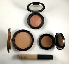 Lady makeup: Beauty Must Have
