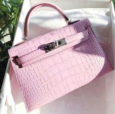 Cute Dress Outfits, Summer Outfits, Popular Handbags, Cute Bags, Vintage Bags, Luxury Bags, Birkin, Hermes Kelly, Fashion Bags