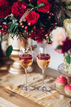 Elegant Metallic Gold & Red Wedding Inspiration | Rockstars and Royalty Dresses | Peony N' Pearl Florist | Swish Vintage Canberra | Miss Gen Photography | http://www.rockmywedding.co.uk/elegant-metallic-gold-red-wedding-inspiration/