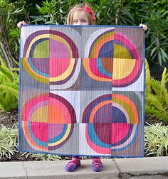 improvisational quilt | Blogger's Quilt Festival Spring 2013: Improv Circles Wall Quilt