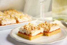 Krispie Treats, Rice Krispies, Cheesecake, Sweets, Recipes, Food, Gummi Candy, Cheesecakes, Candy