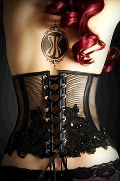 Black corset with really nice embroidery & beautiful tattoo!