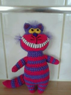 Cheshire Cat Amigurumi Crochet Pattern Free : Cheshire cat, Amigurumi and Alice in wonderland on Pinterest